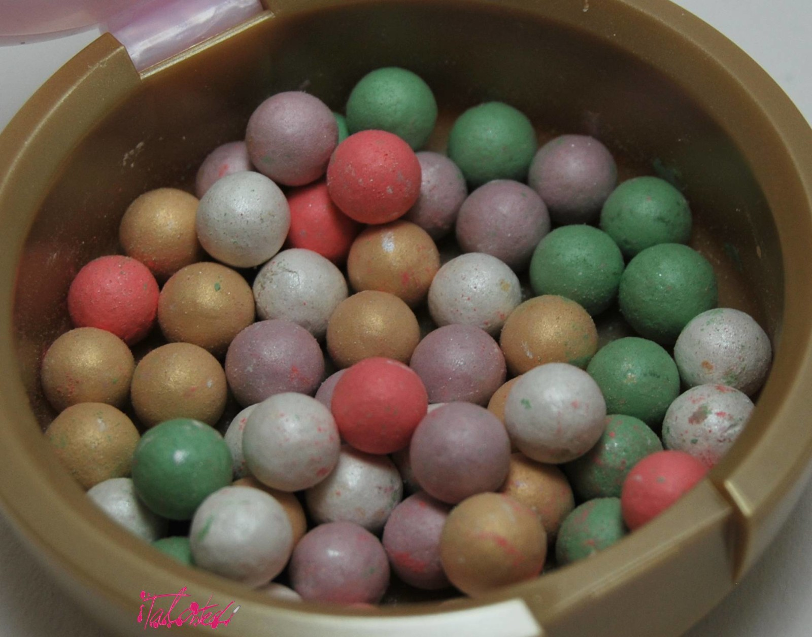 Oriflame Illuminating Pearls