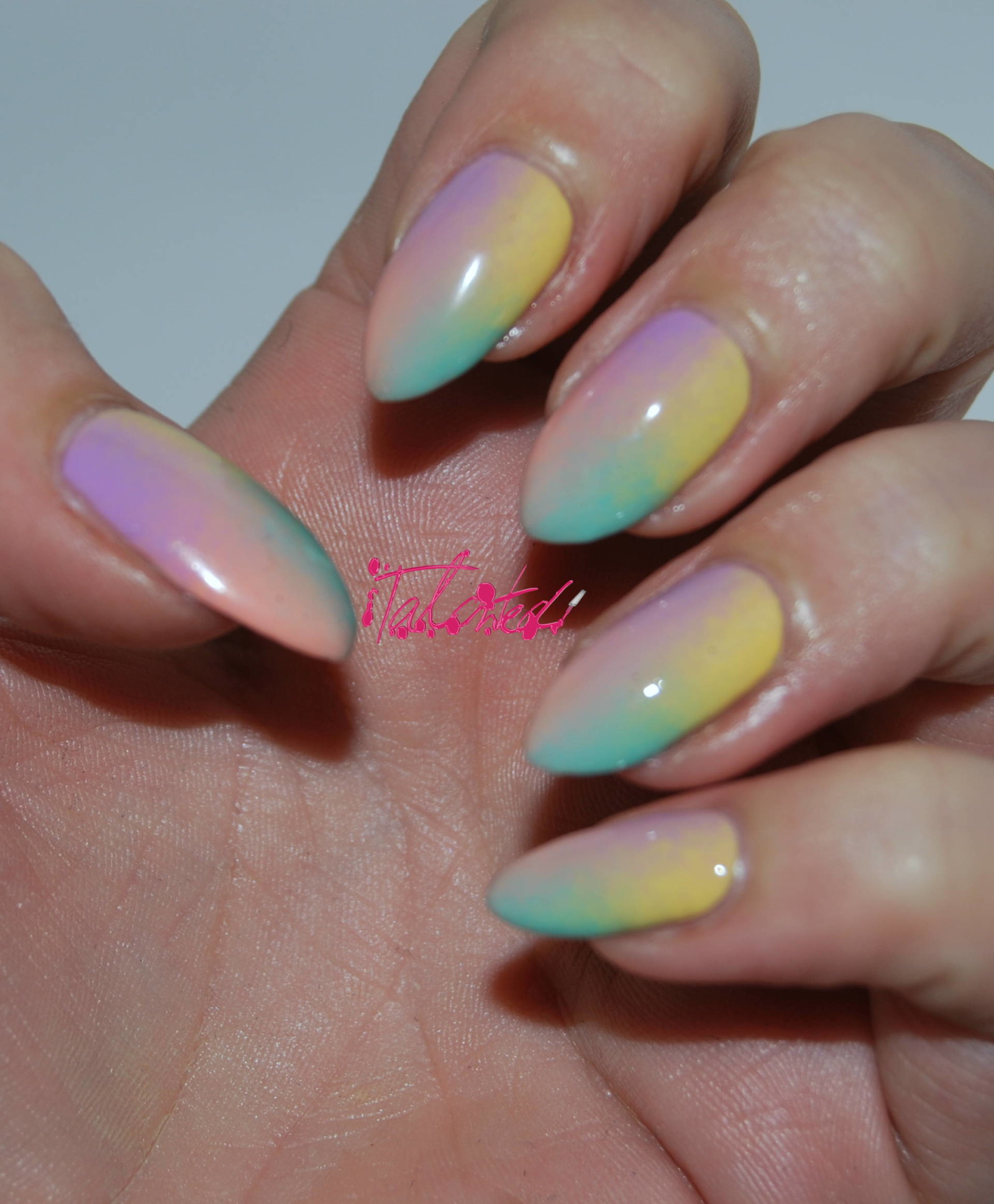 Multicoloured Gradient Nail Art