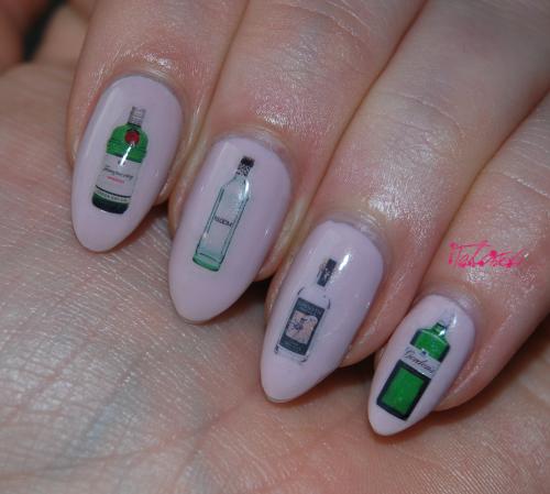 Custom nail decals by DIY Nails