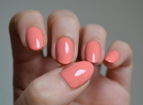 Essie Summer 2015 Peach Side Babe