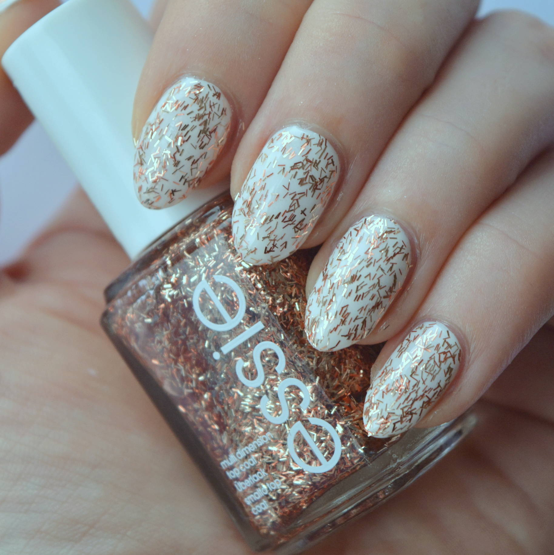 essie Luxeffects 2015 Collection Review - Tassel Shaker - Talonted Lex