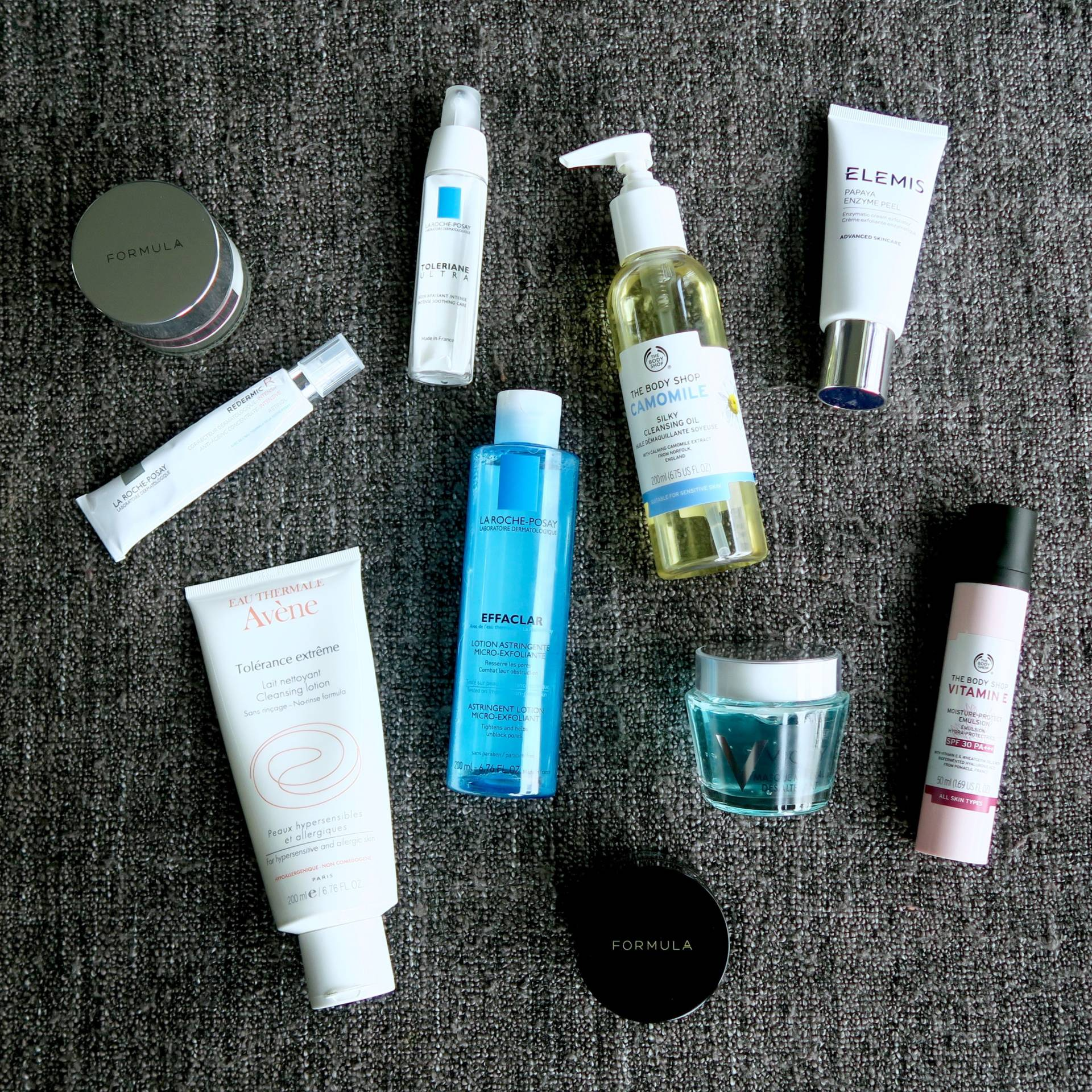Skincare Shake Up October 2016: All of the skincare I've been using recently that helps my sensitive skin and rosacea. Feat. La Roche-Posay, Avène, M&S, The Body Shop, Elemis and Vichy