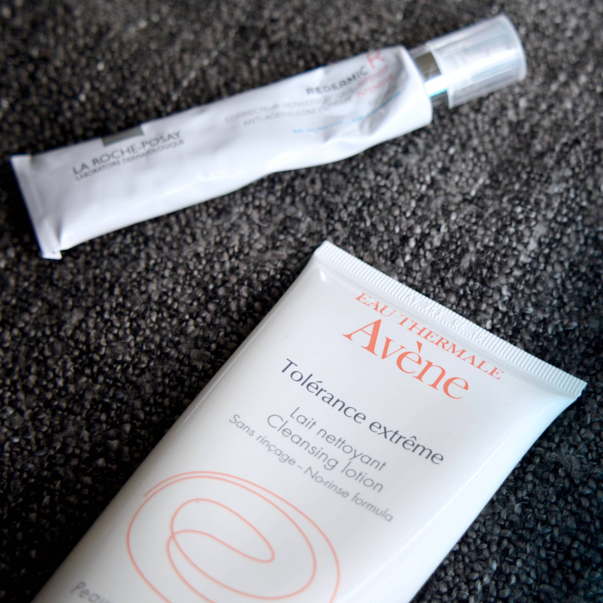 Skincare Shake Up, October 2016: All of the skincare I've been using recently that helps my sensitive skin and rosacea. Avène Tolérance Extrême Cleansing Lotion.
