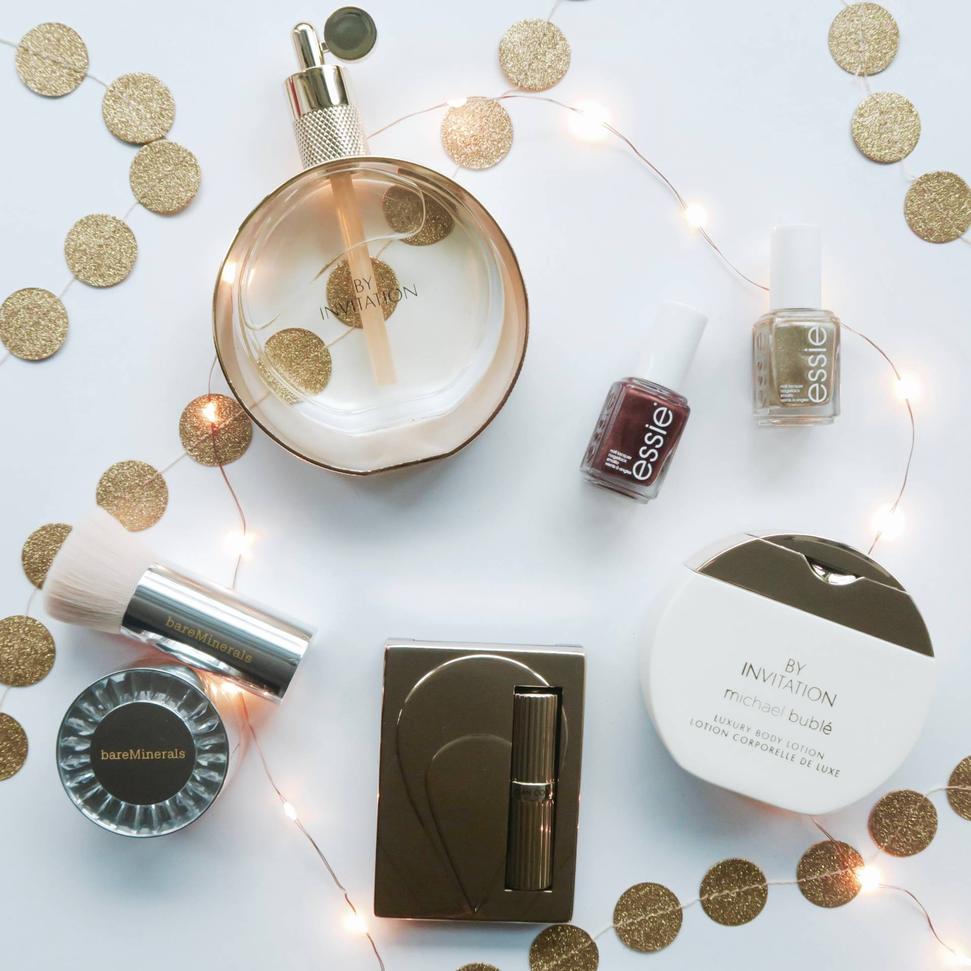 Last Minute Gift Guide: Fragrance, Nails and Make Up