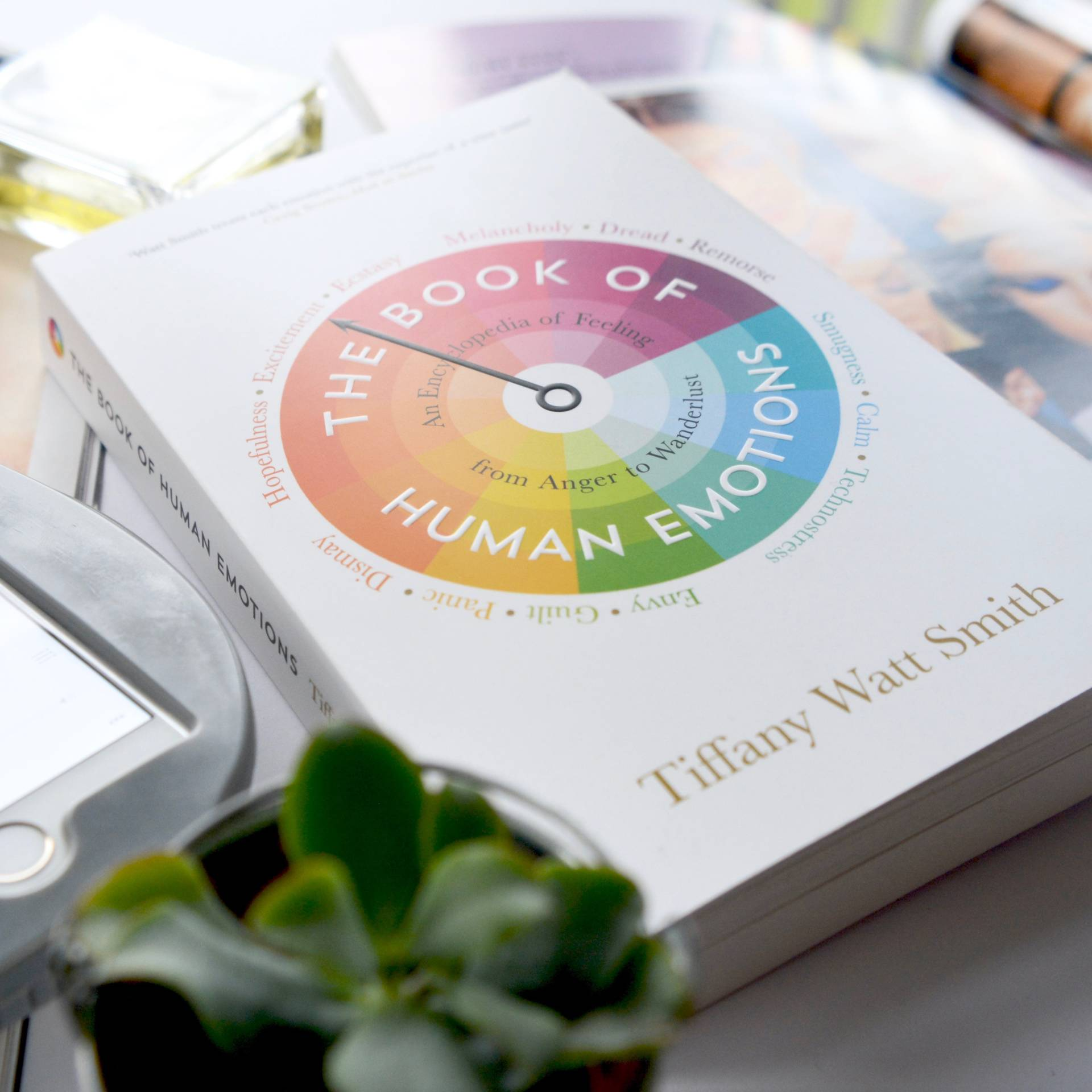 Friday Faves: A really interesting book if you're interested in human behaviour and emotions...