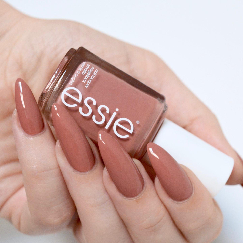 Essie Resort 2017 Sorrento Yourself swatches - rosy terracotta nail polish