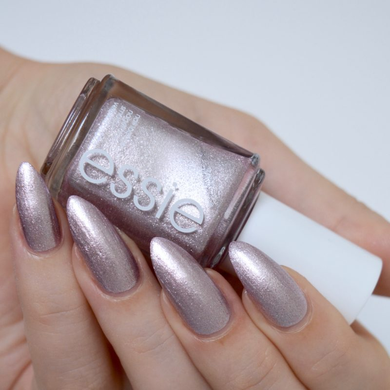 Essie 's'il vous play' (summer collection 2017)