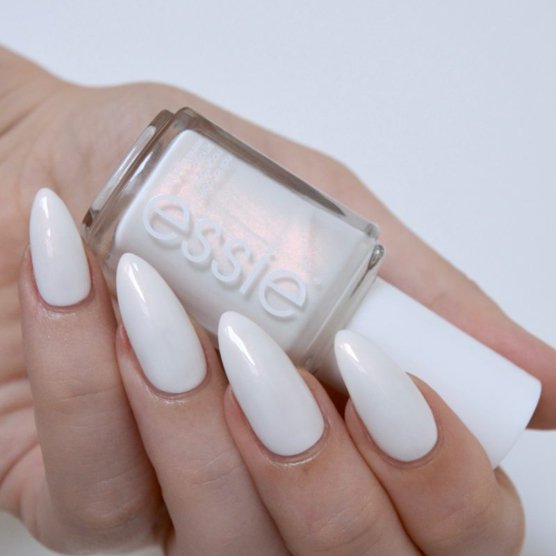 essie 'sweet souffle' (summer collection 2017)